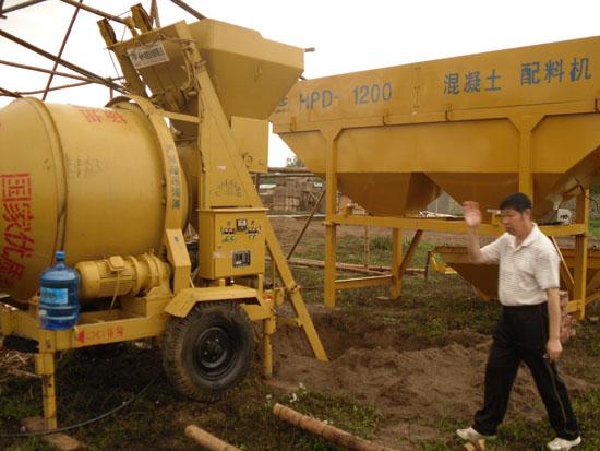HPD-1200两斗配料机0701.jpg